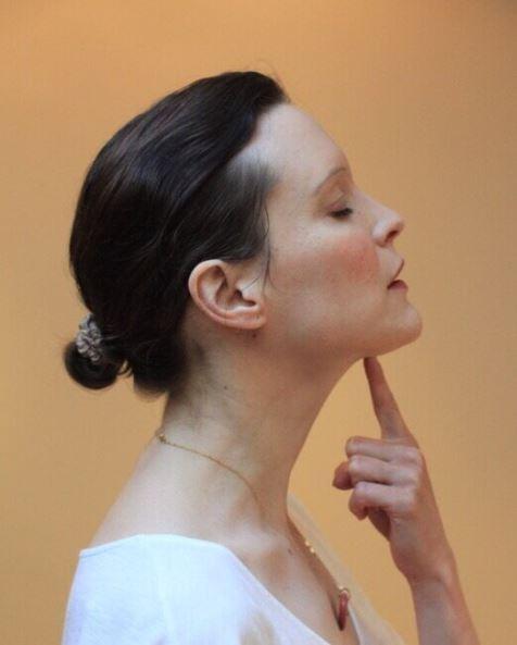 Sylvie_le_franc_Nyssaé_yoga_du_visage